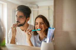 Auf die richtige Zahnpasta kommt's auch an. © fotolia / bernardbodo