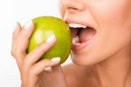 Zahngesunde Ernährung © fotolia / deagreez