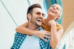 Nur gesunde Zähne sind schöne Zähne! 10 Tipps für Ihr strahlendes Lächeln